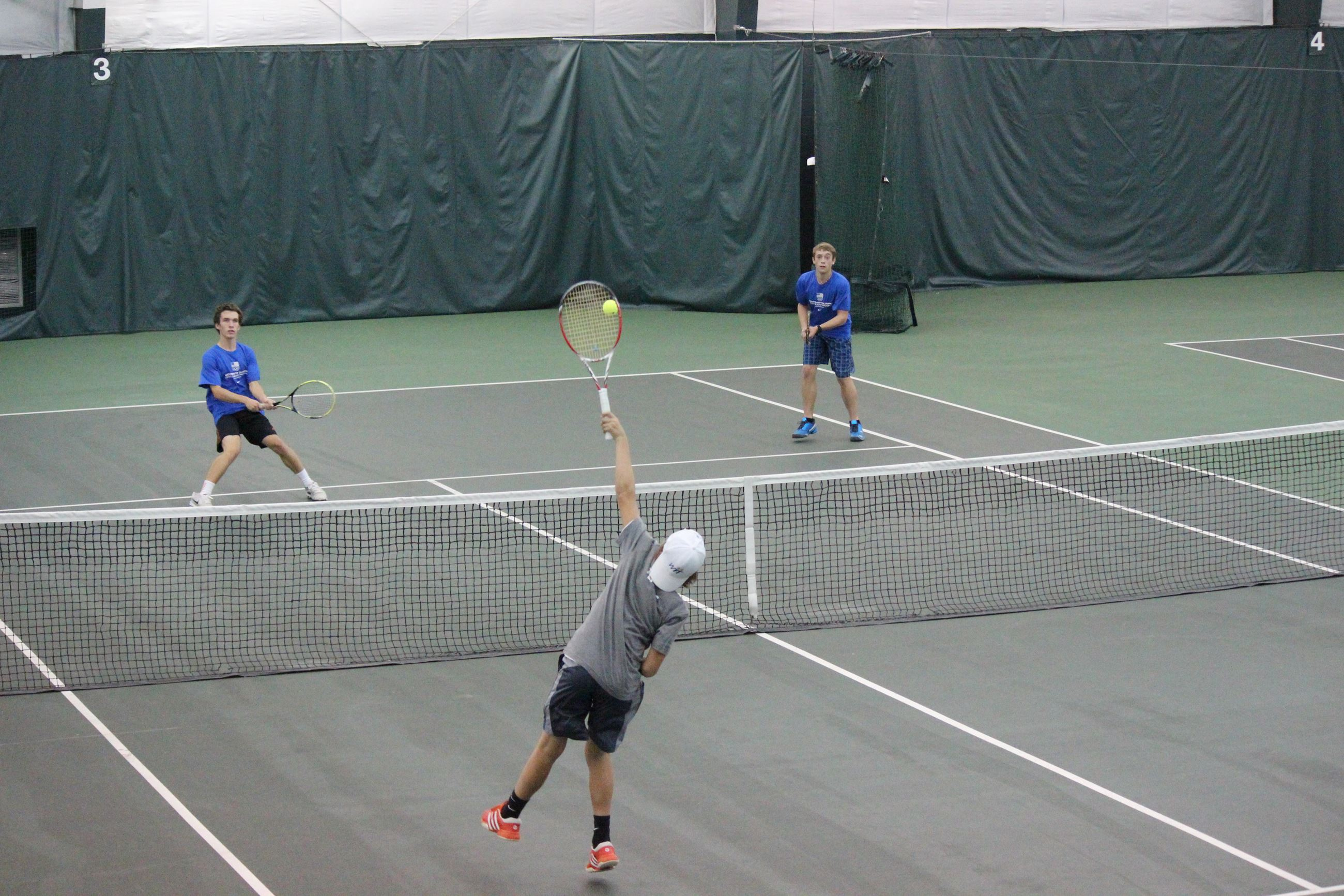 Indoor Tennis youth players