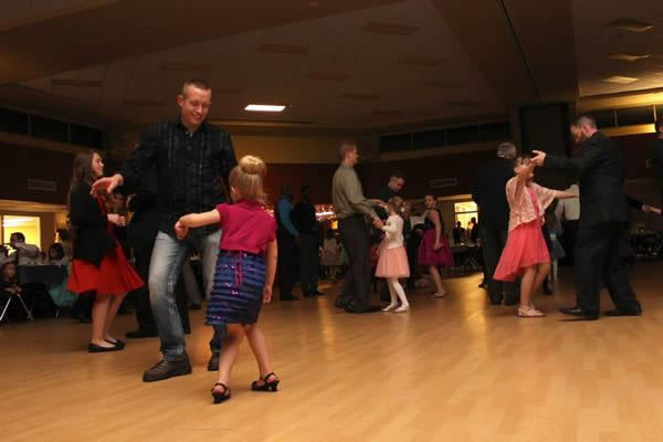 Frozen in Time 2015 Daddy Daughter Dance 23