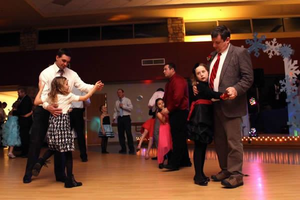 Frozen in Time 2015 Daddy Daughter Dance 25