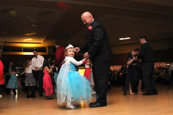 Frozen in Time 2015 Daddy Daughter Dance 6